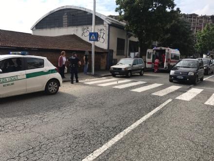 NICHELINO - Anziana cade a terra in stato di shock: paura in via Cacciatori