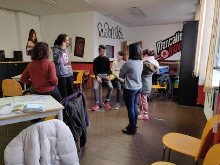 MONCALIERI - Partono i laboratori contro la povertà educativa