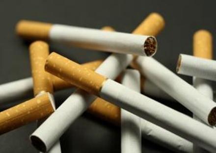 NICHELINO - Papà aggredisce tabaccaio: Ha venduto le sigarette a mio figlio 14 enne