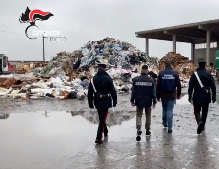PIOBESI - Carabinieri scoprono 500 tonnellate di rifiuti stoccate illecitamente: marito e moglie denunciati - VIDEO
