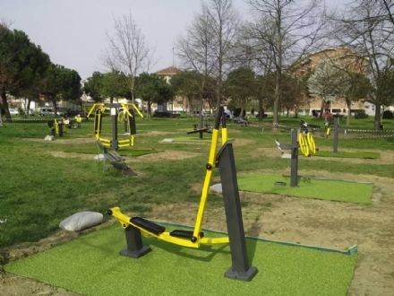 NICHELINO - I giardini di via Turati e via Gozzano diventano palestre a cielo aperto