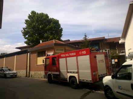 MONCALIERI - Odore di gas allasilo Dubiè, le maestre chiamano i pompieri