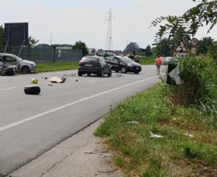 CARIGNANO - Incidente stradale: morto sul colpo un motociclista di Torino, grave la moglie