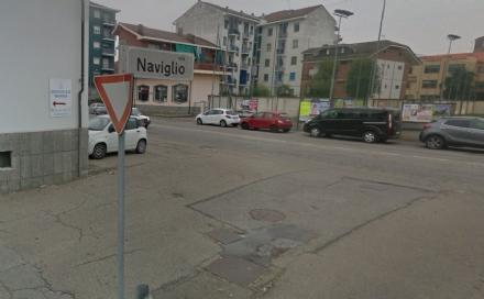 CARMAGNOLA - Donna rapinata in via Naviglio: chiesta più illuminazione