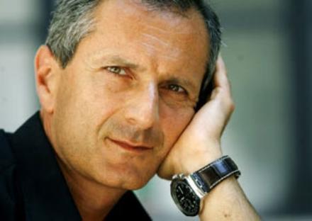MONCALIERI - Grande successo di pubblico allincontro con lautore Gianrico Carofiglio