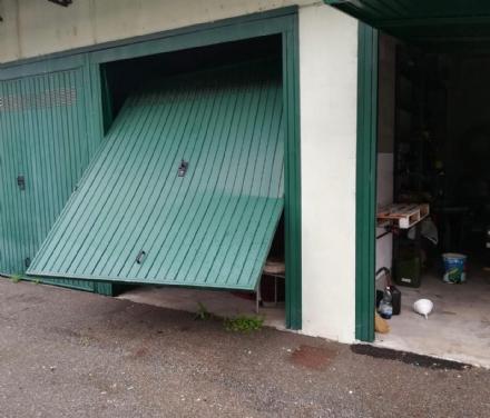 CANDIOLO - Ladri privi di senso civico svaligiano la sede della protezione civile