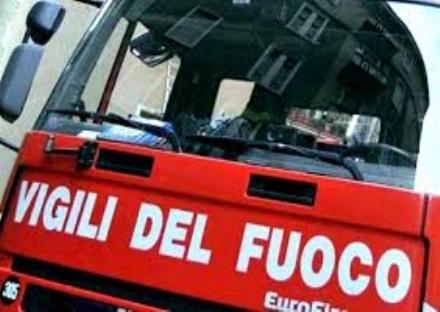 CARIGNANO - Scontro tra un furgone e unauto: paura alla rotatoria per Virle
