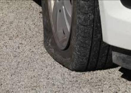 CINTURA - Torna in azione la banda della ruota bucata: tre casi in poche ore