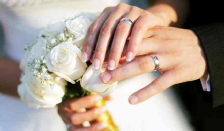 MONCALIERI - Crollano i matrimoni. Già dodici quelli rinviati