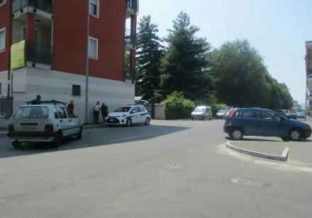 NICHELINO - Violento scontro tra due auto: ferita una donna