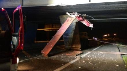 Gravissimo incidente stradale nella notte in tangenziale tra Nichelino e La Loggia - LE FOTO -