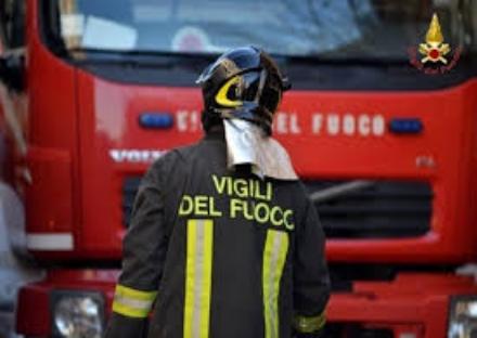 NICHELINO - Paura per un principio di incendio in via Cacciatori