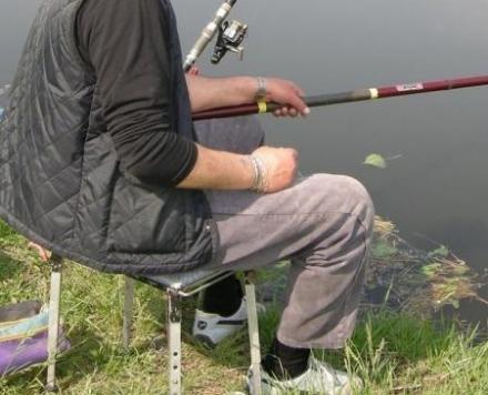 CARMAGNOLA - Pescano nel Po senza autorizzazione: multati