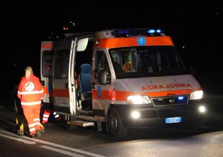 NICHELINO - Addetto alla sicurezza ferito con un coltello in sala giochi