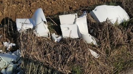 TROFARELLO - Ancora abbandoni di rifiuti nelle zone periferiche