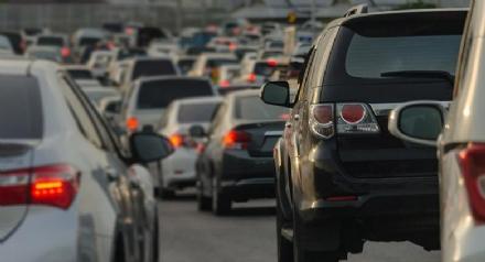 Otto sindaci della cintura contro i blocchi auto a singhiozzo