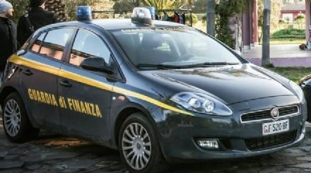 MONCALIERI - Controlli a tappeto della Guardia di Finanza: denunciato un albanese