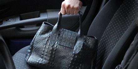 CRONACA - Da La Loggia a Carmagnola continuano i furti di borse davanti le scuole