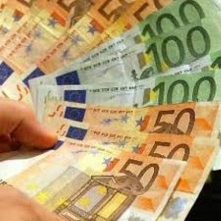 RIVALTA - 300 euro ai cittadini che lavorano nelle attività colpite dalle restrizioni