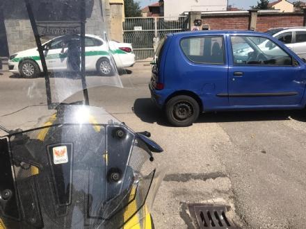 NICHELINO - Incidente in via Cagliari, motociclista in ospedale