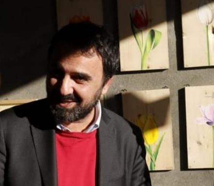 MONCALIERI - Il sindaco insultato dagli haters sui social per aver tenuto le scuole aperte