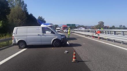 INCIDENTE - Orbassanese si schianta sulla Torino-Pinerolo, grave al Cto