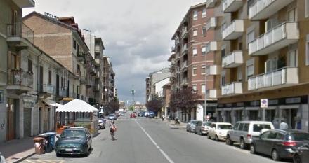 MONCALIERI - Forzati garage in un condominio di via Sestriere