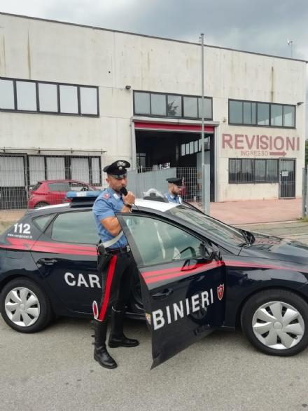 LA LOGGIA - Ubriaco aggredisce i carabinieri in un locale: arrestato