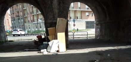 MONCALIERI - Continuano gli abbandoni di rifiuti a Borgo Mercato