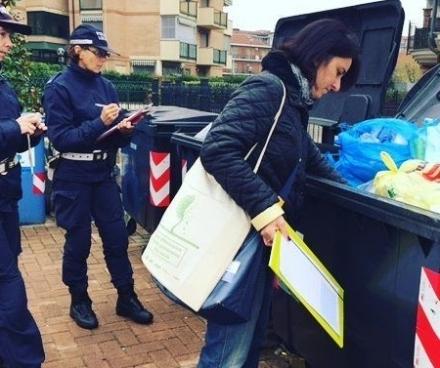 TROFARELLO - Male la differenziata al confine con Moriondo: dal 2018 partono le multe