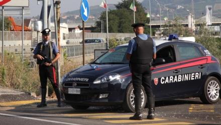 RIVALTA - Rubavano zainetti griffati e li nascondevano in unofficina di Rivalta: il complice era il sorvegliante