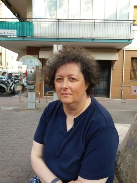 MONCALIERI - Domani i funerali della maestra Stefania Consavella, linsegnante che aiutava i bambini