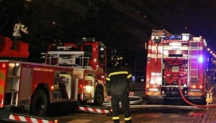 CARMAGNOLA - Garage a fuoco nella tarda serata in via Carducci
