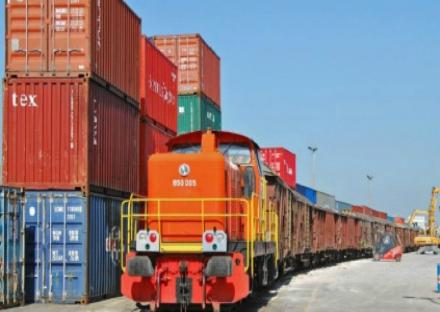 ORBASSANO - Più treni merci da gennaio: previsti 12mila camion in meno