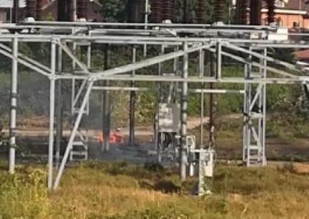 NICHELINO - Il caldo fa esplodere una valvola della centrale elettrica della stazione