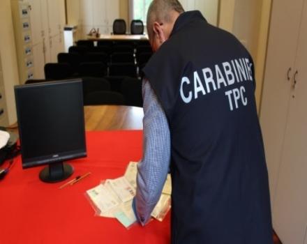 MONCALIERI - Documenti storici rubati venduti sul web: i carabinieri li recuperano