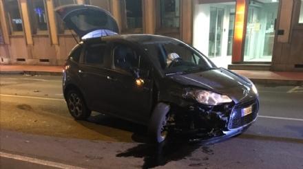 NICHELINO - Incidente in via Torino, paura nella serata