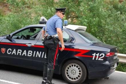 CARMAGNOLA - Nomadi rubano la corrente: nove denunciati dai carabinieri