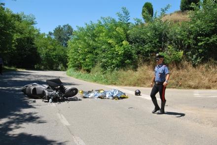 MONCALIERI - Schianto mortale a Pino Torinese, muore un 54enne di Moncalieri