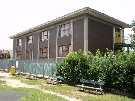 NICHELINO - Si rompe la serratura della scuola elementare: bimbi entrano mezzora dopo