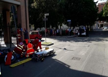 NICHELINO - Emorto luomo di 38 anni coinvolto nellincidente in moto in via Damiano Chiesa