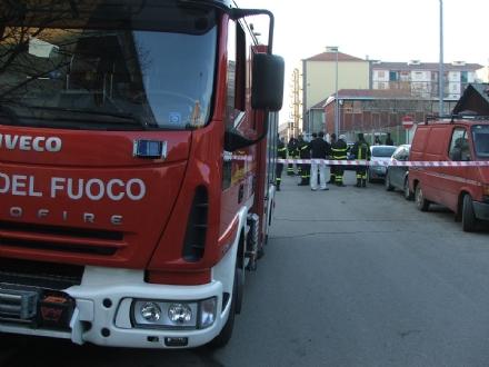 VINOVO - Prende fuoco un cavo in piscina, utenti costretti ad uscire