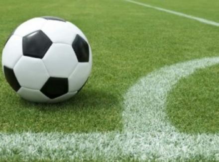 NICHELINO - Tre anni di squalifica al giocatore che ha picchiato larbitro domenica
