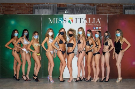 MISS ITALIA - Il primo casting post Covid a Vinovo: in passerella anche tre ragazze di Moncalieri - FOTO