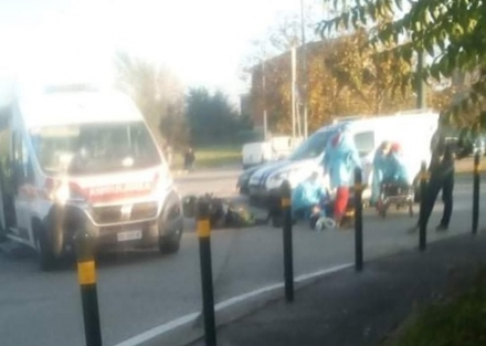 MONCALIERI - Scontro auto-moto in via Juglaris: un ferito
