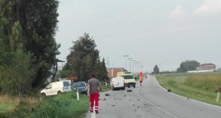 CARIGNANO - Violento scontro sulla provinciale per Ceretto: due feriti