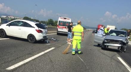 ORBASSANO - Incidente in tangenziale: due feriti e code chilometriche