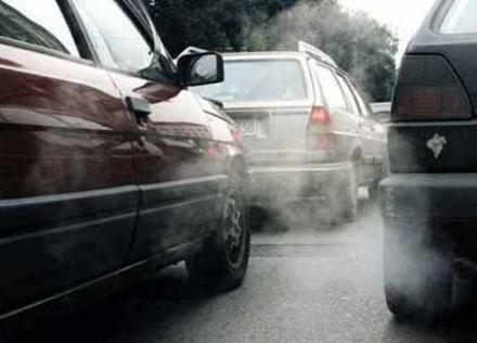 CINTURA - Allarme smog, domani blocco diesel euro 4
