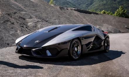 MONCALIERI - La hypercar «Asfanè DieciDieci» vale 2 milioni di euro ed è «Made in Moncalieri»