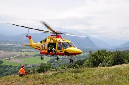 LOMBRIASCO - Brutto incidente sulla provinciale 663: due motociclisti al Cto in elisoccorso